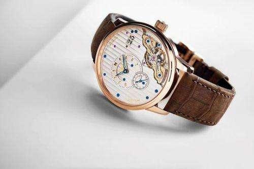 格拉苏蒂手表回收价格查询