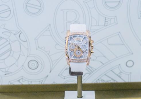 帕玛强尼手表回收几折,Kalpa系列设计感有多强?