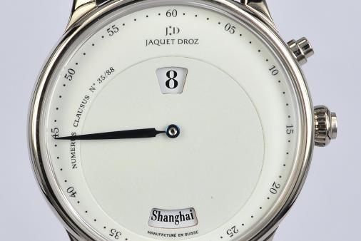 雅克德罗手表回收几折,星辰系列有哪些特色?