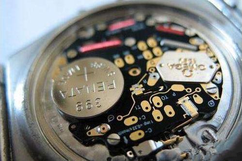 卡地亚手表换电池