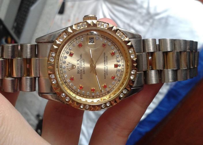 名牌手表日常生活中是如何保养的?